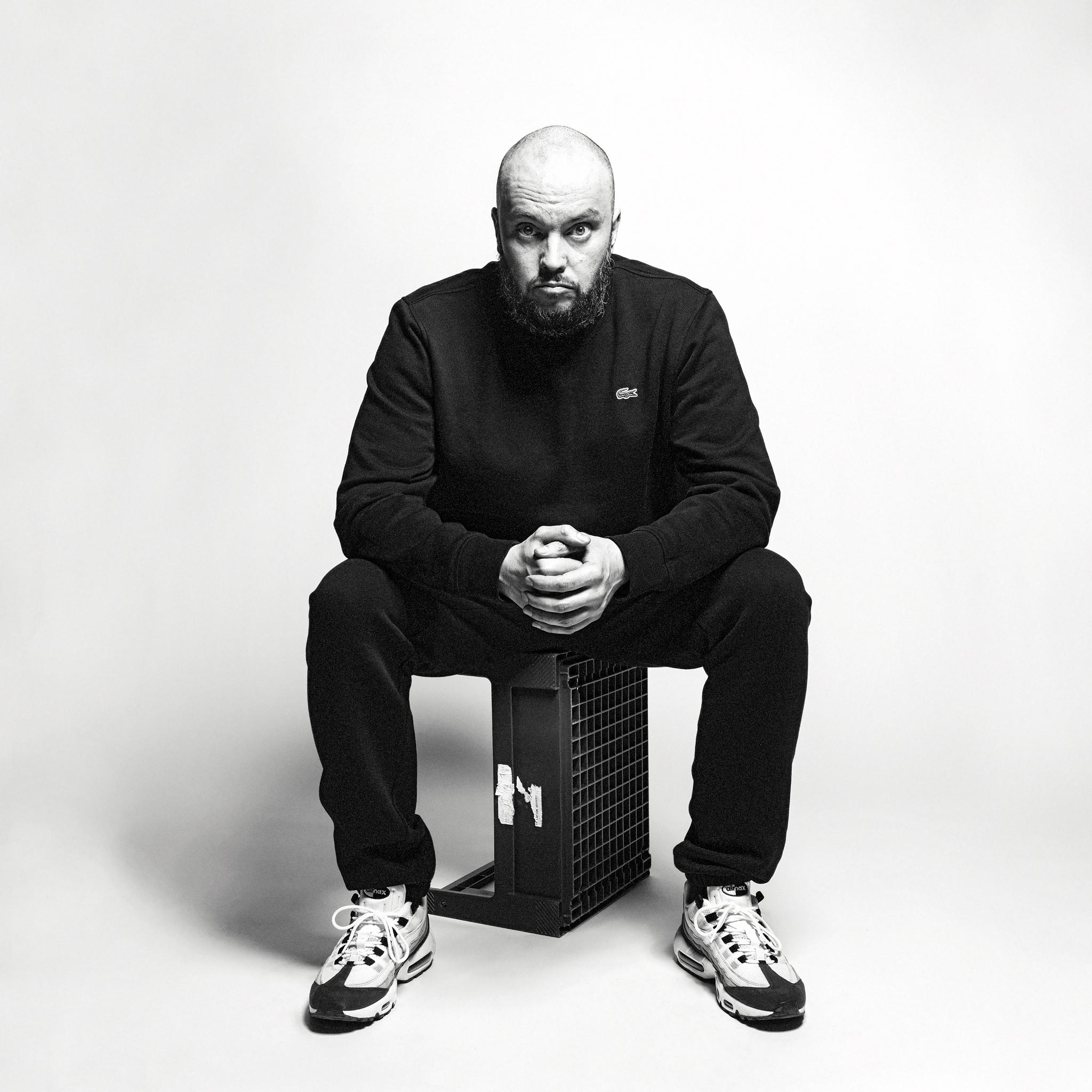 Kalle Kinos allekirjoitti levytyssopimuksen PME Recordsille